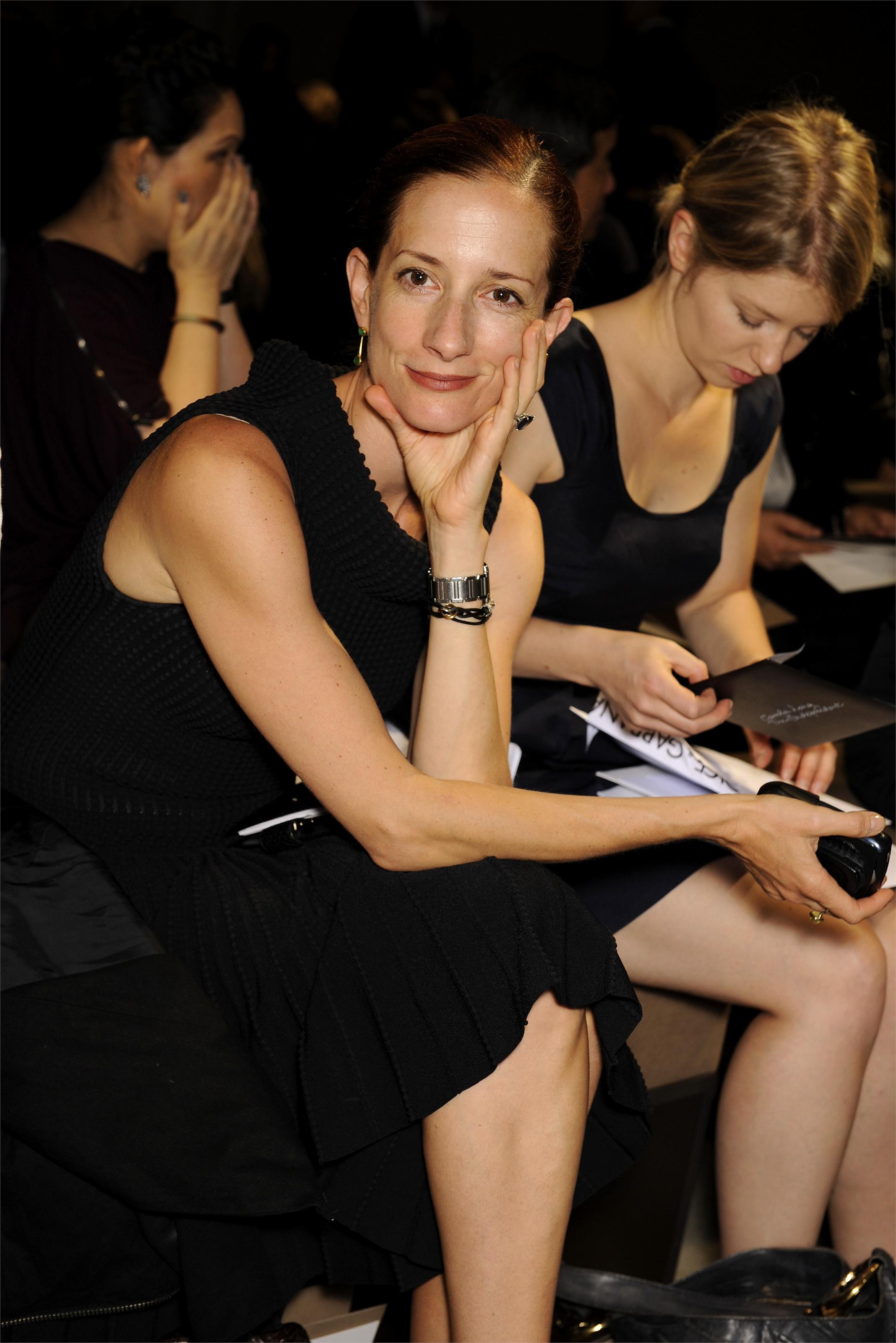 Vanessa Friedman first row at the Bottega Veneta runway show. Courtesy of vebidoo.de